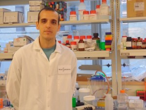 Edroaldo Lummertz da Rocha, winner of the Capes Dissertation Award in Materials field.