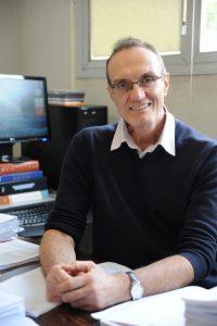 Professor Victor Carlos Pandolfelli (UFSCar).