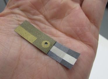 Fotografia do sensor eletroquímico de papel.